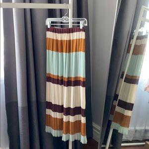 Zara midi length accordion skirt